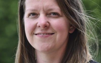 Female construction expert embarks on school tour